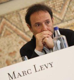 El escritor Marc Levy en la presentación de uno de sus libros
