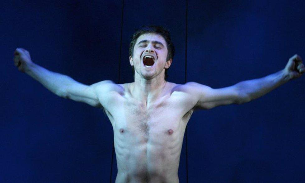 Estrella de Harry Potter, Daniel Radcliffe, se desnuda en