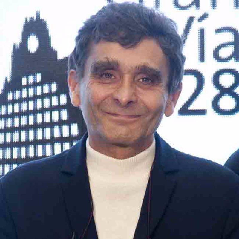 Colla antitaurina oszense junio 2010 for Adolfo dominguez acciones