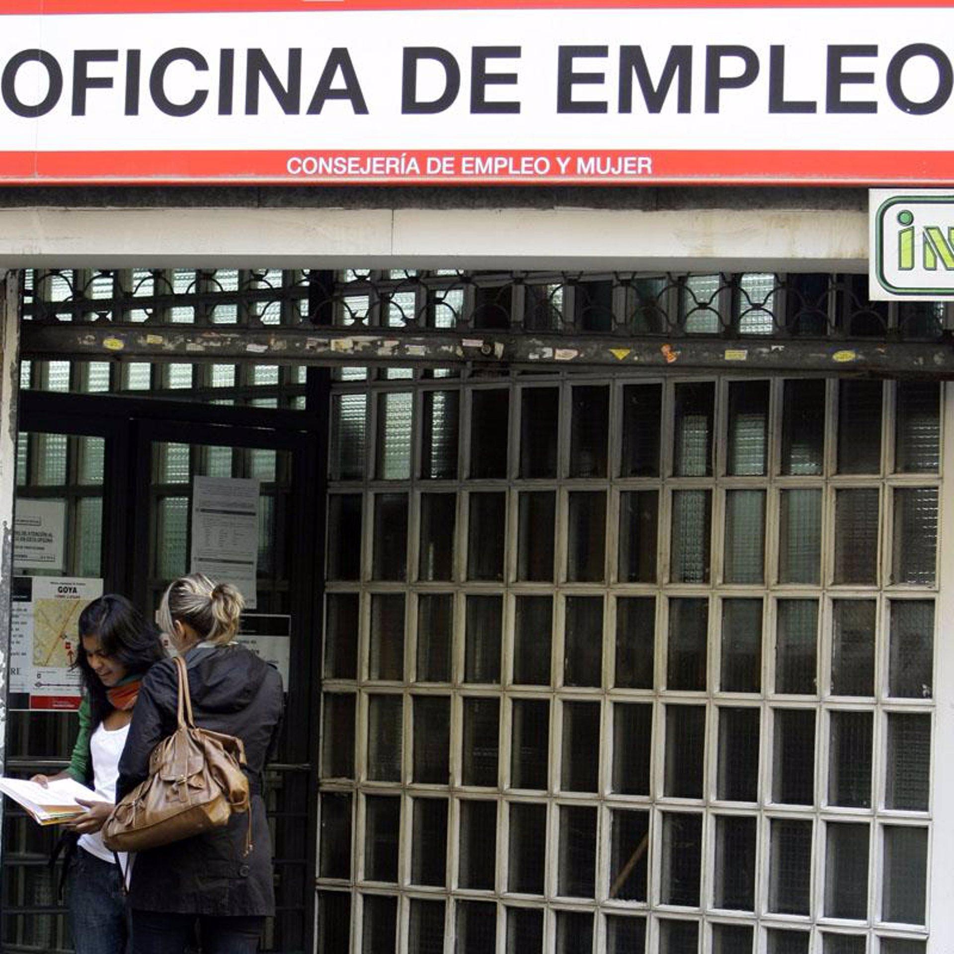El 24 de las ofertas de empleo est n dirigidas a for Oficinas randstad madrid