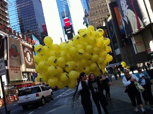 Des Ovnis dans le ciel de New York ! Fotonoticia_20101014192408_500