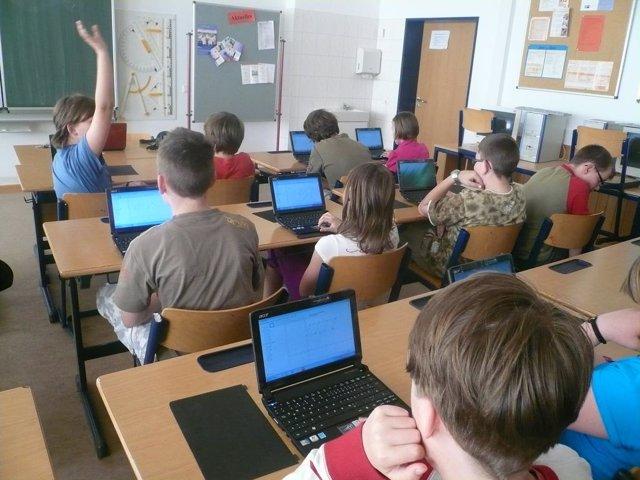 Niños-ordenadores-colegios