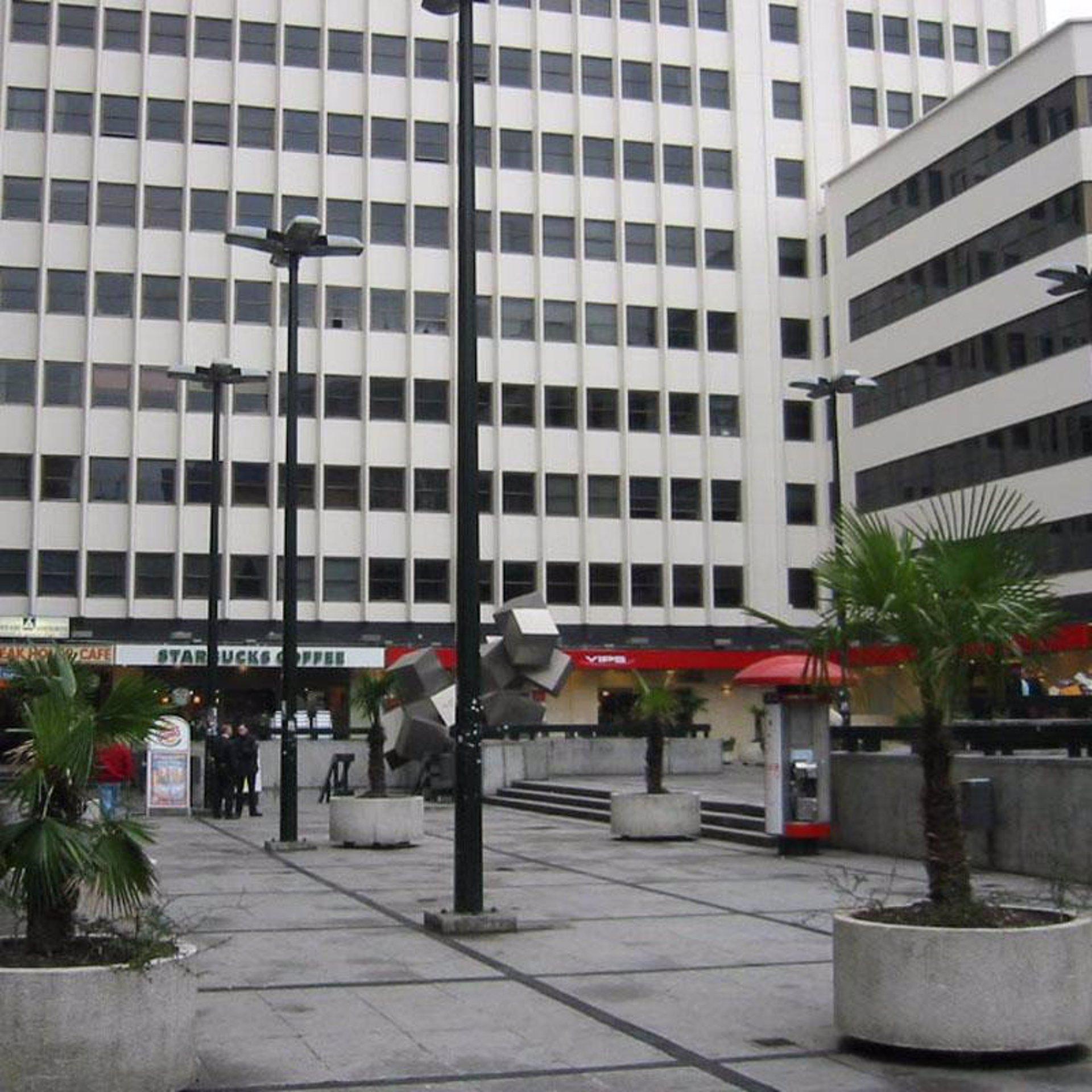 La agrupaci n de sedes judiciales se inicia con la for Plaza los cubos madrid