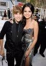 Foto: Justin Bieber da un paso más en su supuesto noviazgo con Selena Gomez