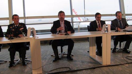 Rueda de Prensa en el Aeropuerto de Zaragoza