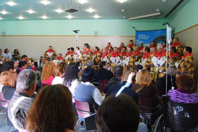 Resultado de imagen de La Nifú-Nifá lleva el carnaval a los hospitales públicos tinerfeños