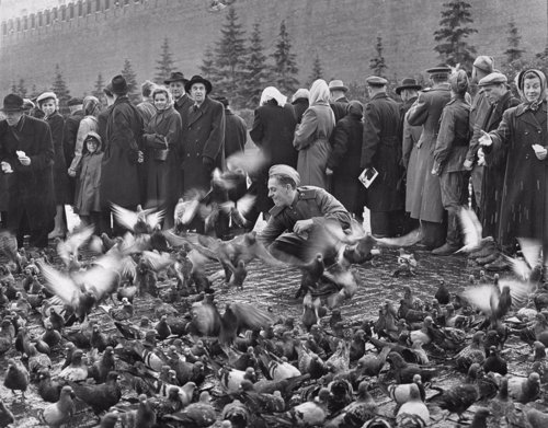 Una exposición de 200 fotos refleja 50 años de la Unión Soviética Fotonoticia_20110511173057_500