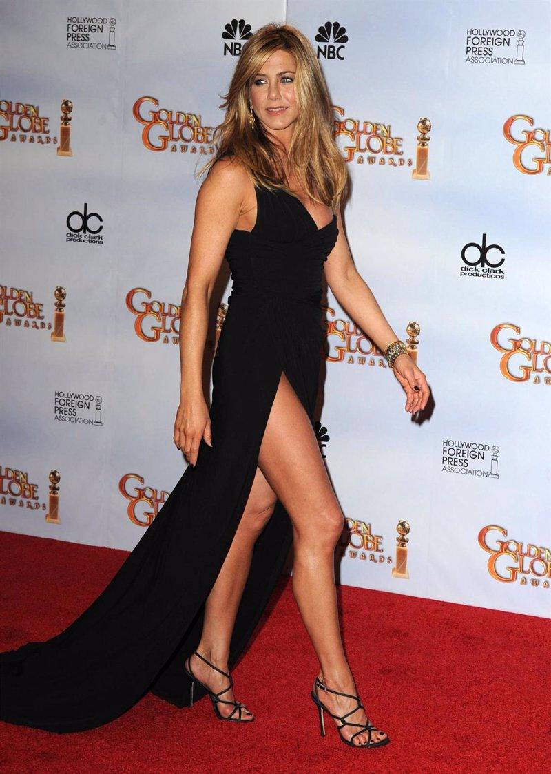 Jennifer Aniston Desnuda Y Iendo Un Pl Tano