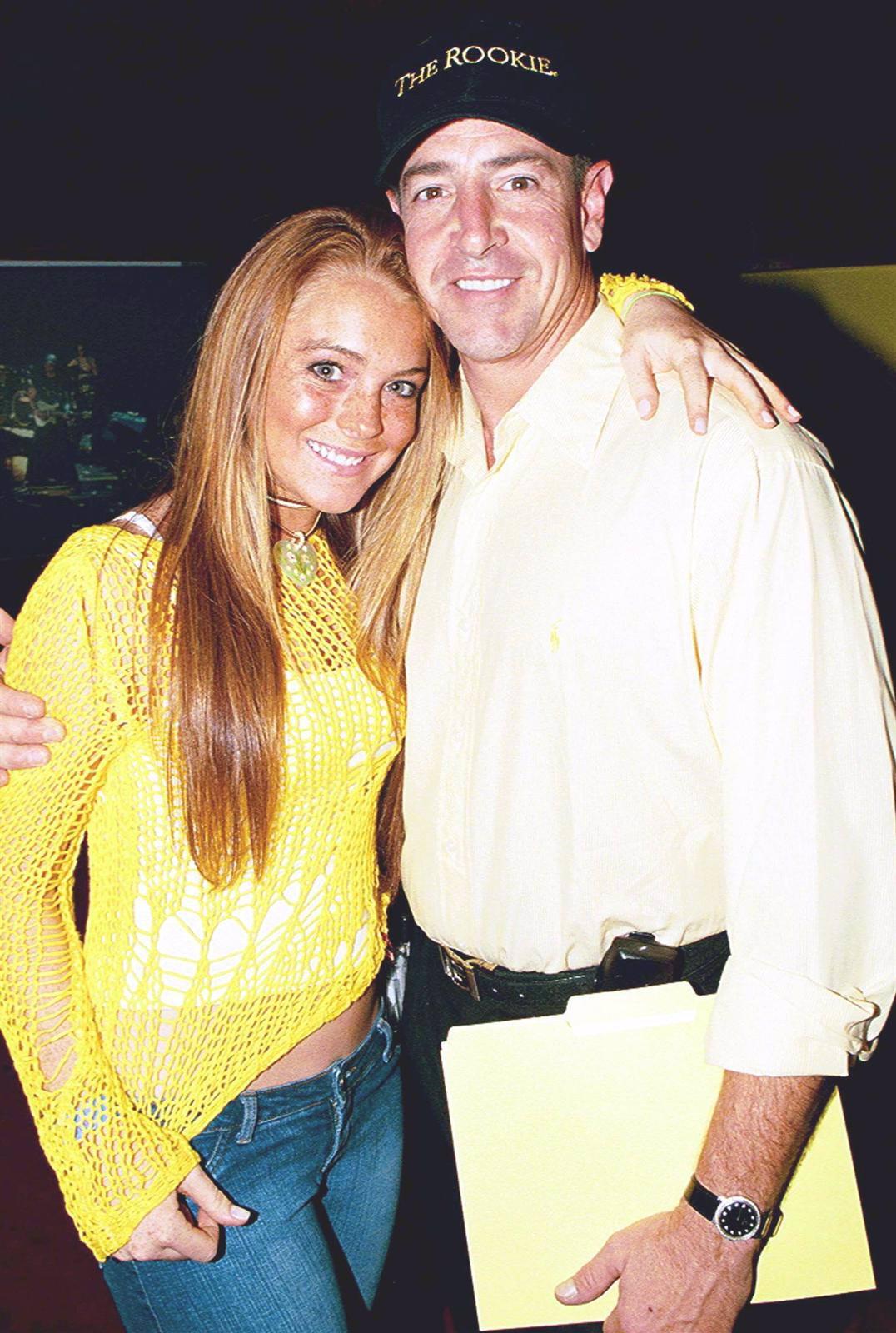 El Padre De Lindsay Lohan Otro Susto Por Bultos Cancerigenos