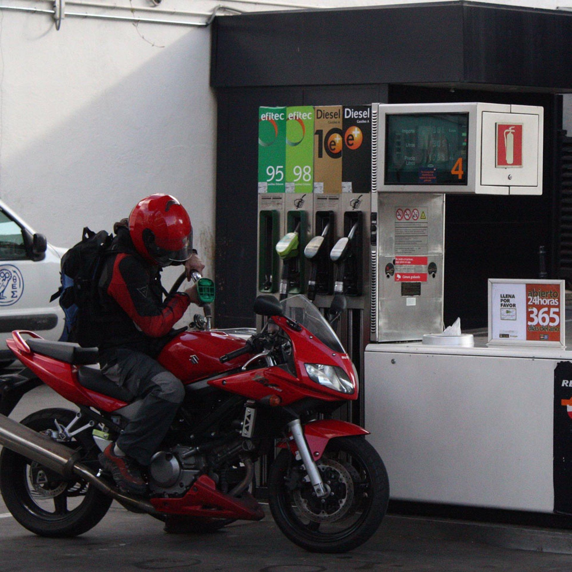 Avstraliya hay cuanto una gasolina en
