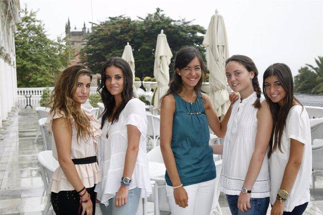 Las 'Manolas' Para La Corrida De La Beneficencia 2011