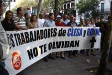 Trabajadores De Nueva Rumasa Increpan A Ruiz-Mateos En La Audiencia Nacional
