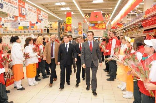 новый гипермаркет в Толедо
