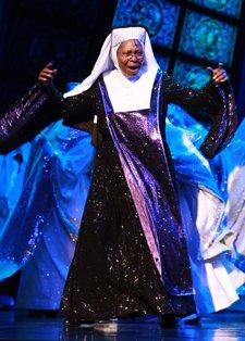 Whoopi Goldberg Es Sister Act