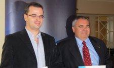 Imagen De Los Premiados: Luis Calvo De Fly News Y Javier Noriega, De Cinco Dias