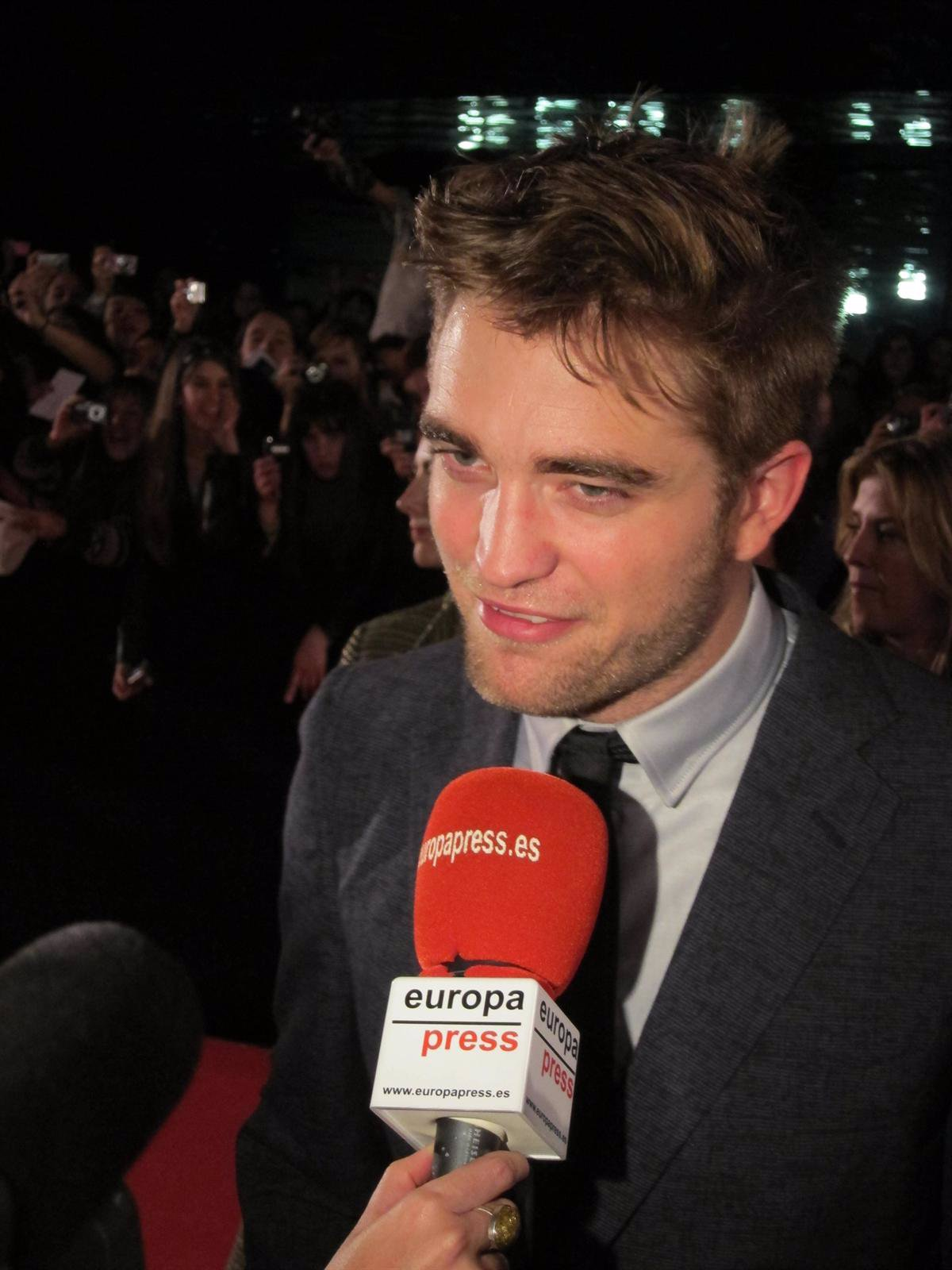 El Actor Robert Pattinson En Barcelona