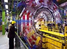 LHC (Gran Colisionador De Hadrones)