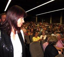Micaela Navarro Inaugurando El Aula De La Experiencia