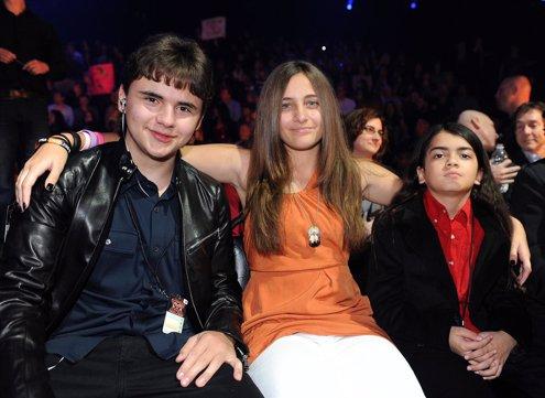 Los Tres Hijos De Michael Jackson