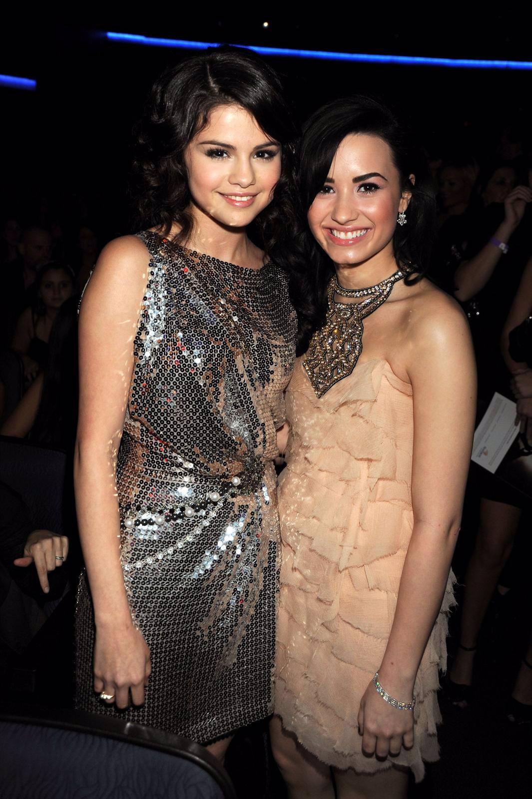 Demi Lovato Y Selena Gomez Juntas
