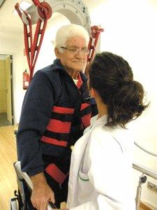 Anciano En Hospital General De Palma