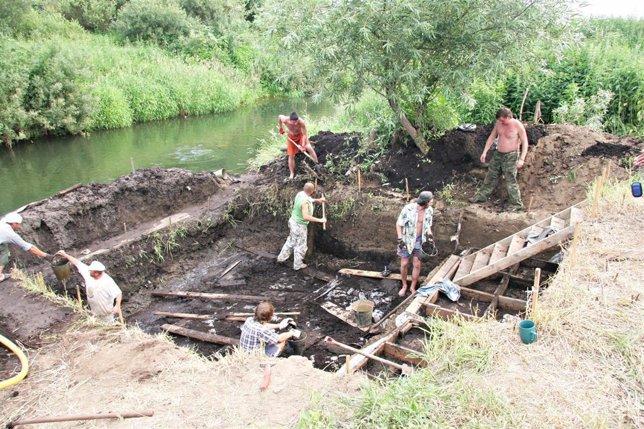 Yacimiento Arqueológico (Neolítico Y Mesolítico) Encontrado En La Cuenca Del Río