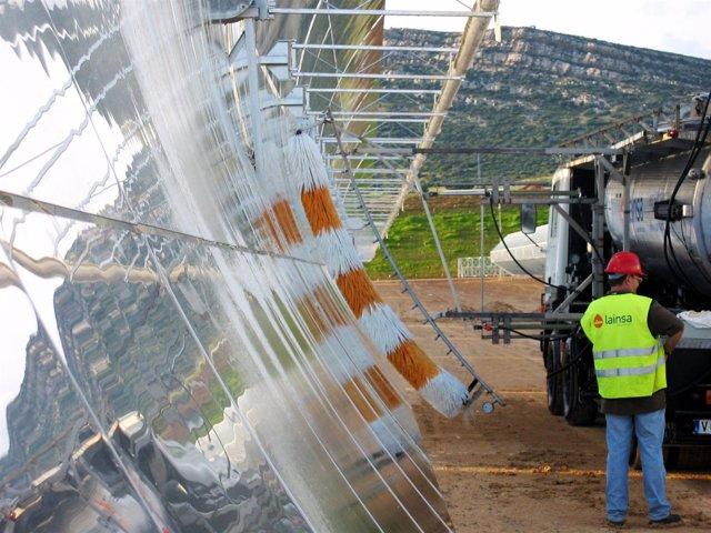 Servicio De Mantenimiento De Laitu Solar.