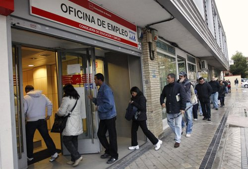 el paro sube en personas en enero en galicia un 5