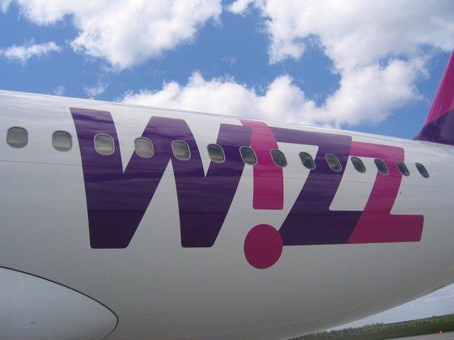 Aeronave De La Aerolínea Wizz Air