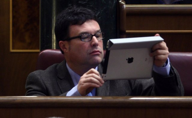 Joan Josep Nuet, Diputado De Euia