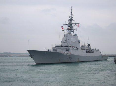 Fragata De La Armada Española En La Base De Rota