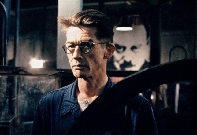 John Hurt En 1984