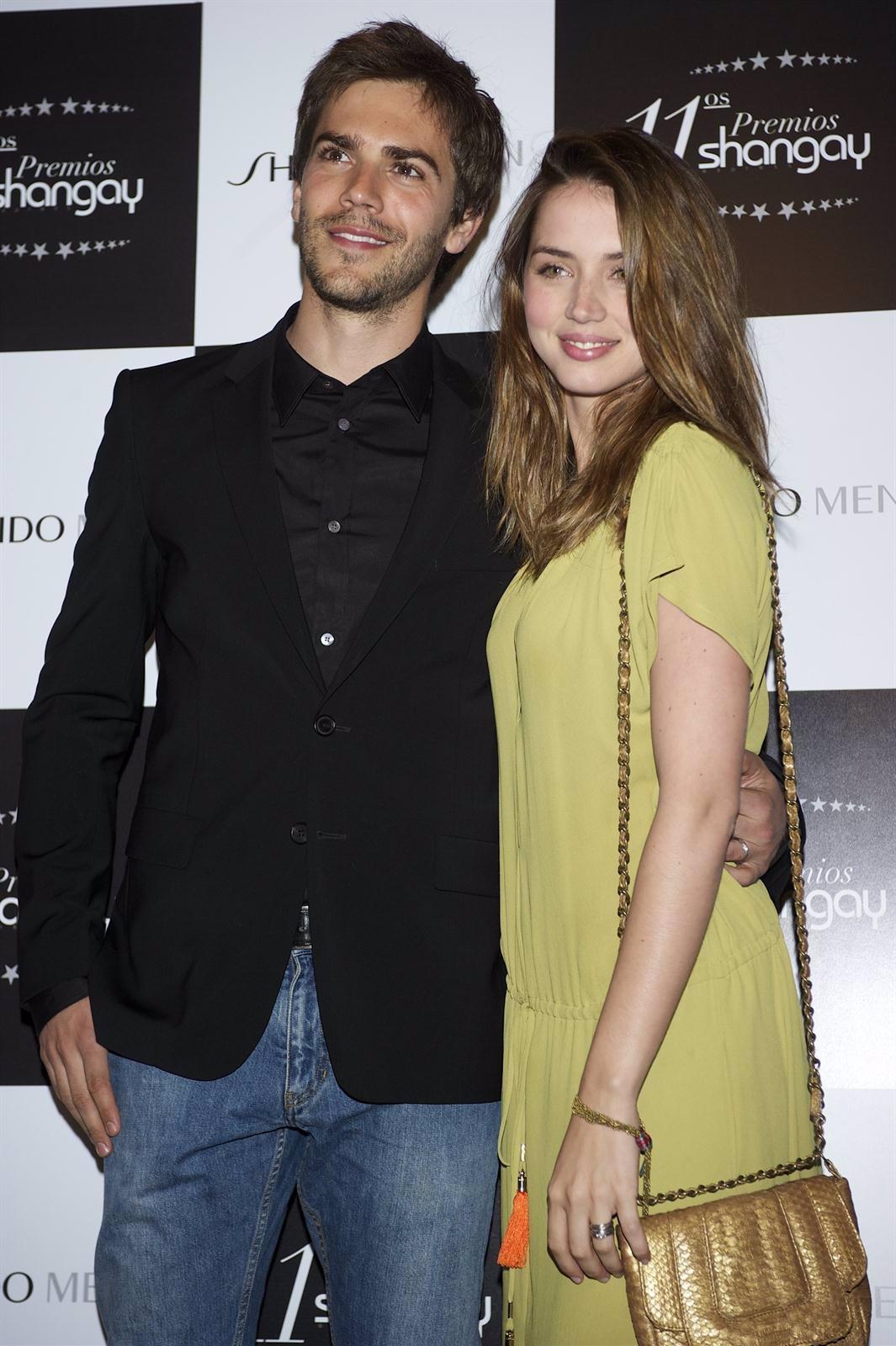 Marc Clotet Y Ana De Armas En Un Photocall