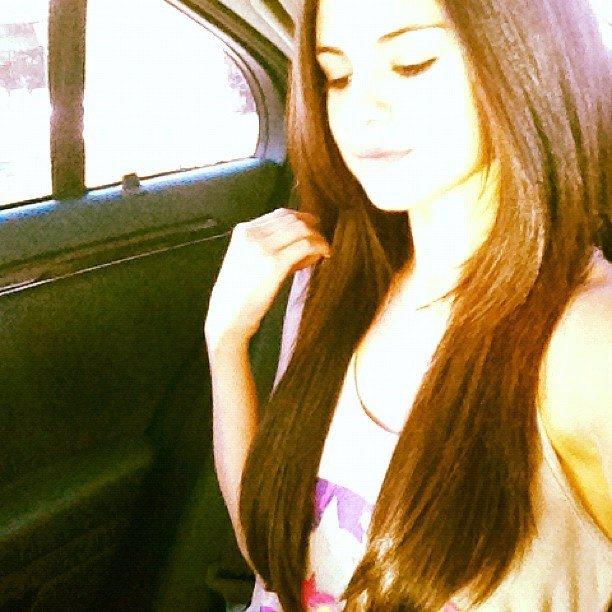 Selena Gomez Mostrando Su Nuevo Pelo