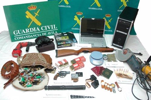 Cae una banda organizada dedicada al robo con violencia en Ávila