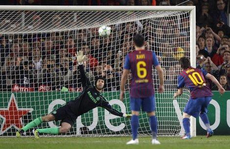 Leo Messi Falla El Penalti Contra El Chelsea
