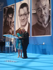 El Jesuita Padre Garralda Y Ana Botella