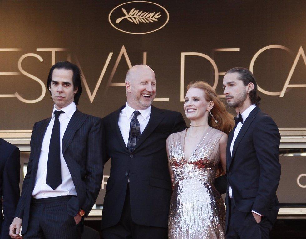 John Hillcoat, Jessica Chastain Y Shia Labeouf Presentan 'Lawless' En Cannes