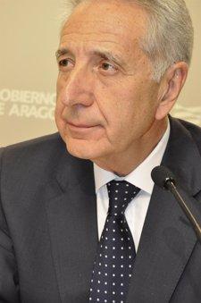 El Consejero De Agricultura, Ganadería Y Medio Ambiente De Aragón, Modesto Lobón