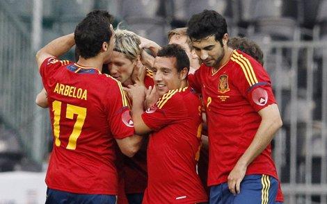 España Celebra El Primer Gol De Torres Ante Corea Del Sur