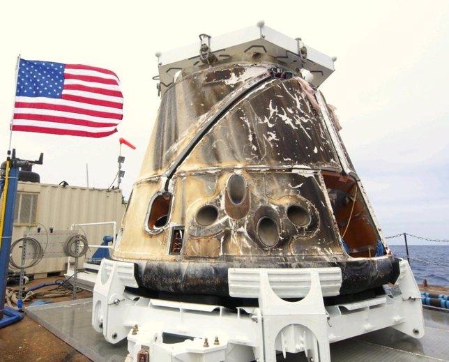 Dragon, Primera Nave Espacial Privada En Ir A La ISS