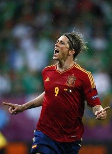 Fernando Torres Hace Dos Goles A Irlanda