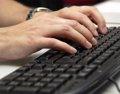 Twitter denuncia que la 'Ley Sinde' deja a los internautas #Sindefensa