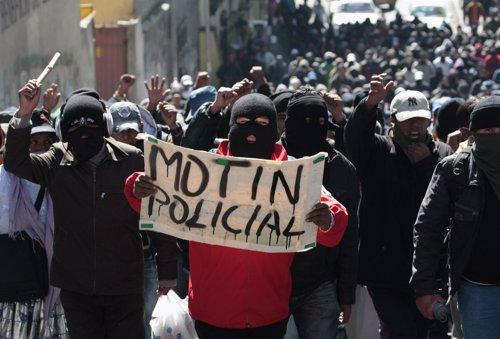 Protesta Policial En Bolivia