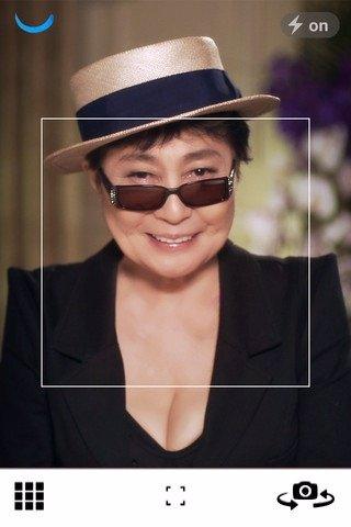 Yoko Ono En La Aplicación #Smilefilm