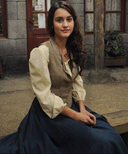 La actriz Megan Montaner