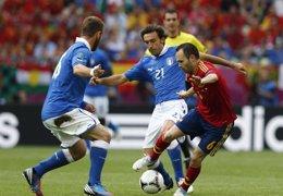 Foto: Iniesta, nombrado mejor jugador de la Eurocopa (RFEF)