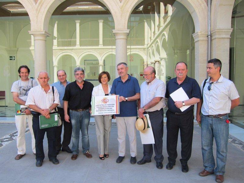 Granada contar en 2013 con una oficina regional de for Oficina consumo pontevedra