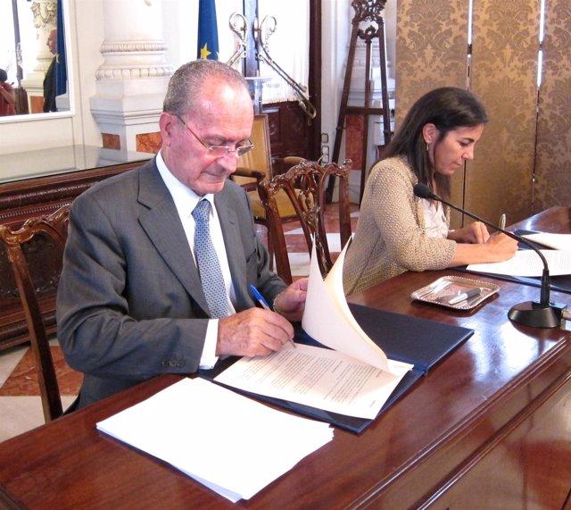 El ayuntamiento y telef nica potencian m laga como ciudad for Guia telefonica malaga