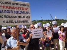 Manifestación de funcionarios frente a las Cortes